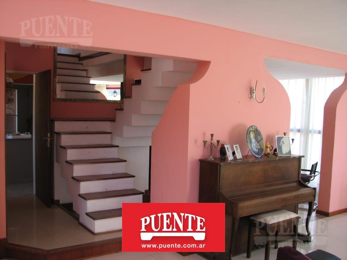 Foto Casa en Venta en  El Lauquen,  Countries/B.Cerrado (E. Echeverría)  Lauquen a la venta