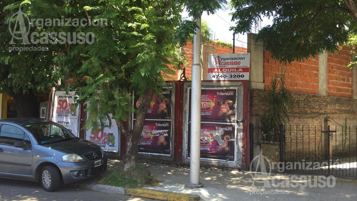 Foto Local en Alquiler en  Tigre ,  G.B.A. Zona Norte  Local Comercial en Alquiler Sarmiento 434
