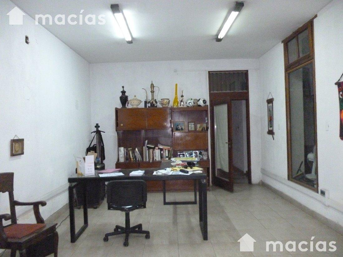 Foto Local en Venta en  Capital ,  Tucumán  AVELLANEDA al 800