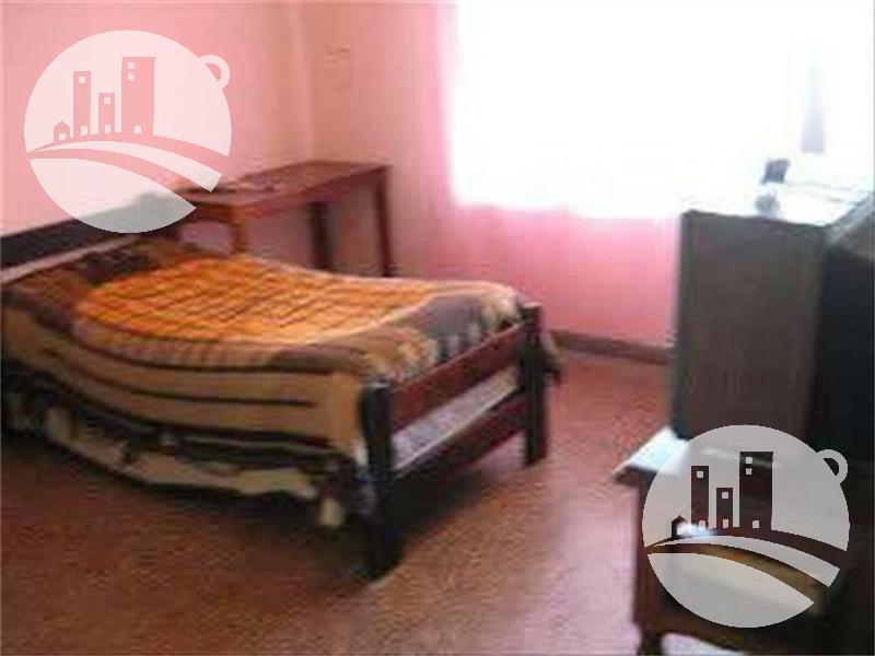 Foto Casa en Venta en  Haedo,  Moron  CONFIDENCIAL