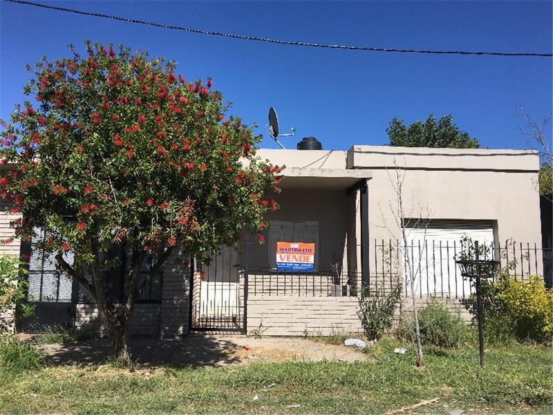 Foto Casa en Venta en  La Plata ,  G.B.A. Zona Sur  23 bis y 80