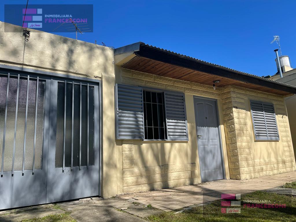 Foto Casa en Venta en  Tolosa,  La Plata  527 26 y 27