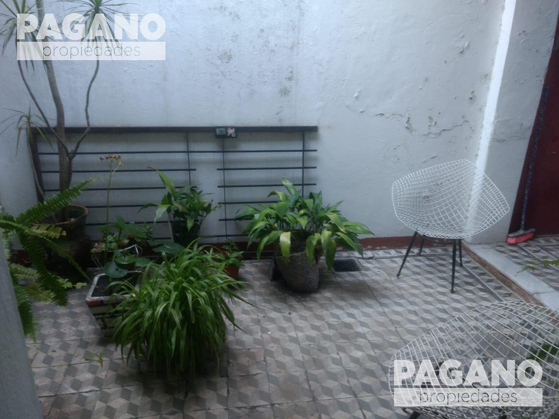 Foto Casa en Venta en  La Plata ,  G.B.A. Zona Sur  57 n° 1016 entre 15 y 16