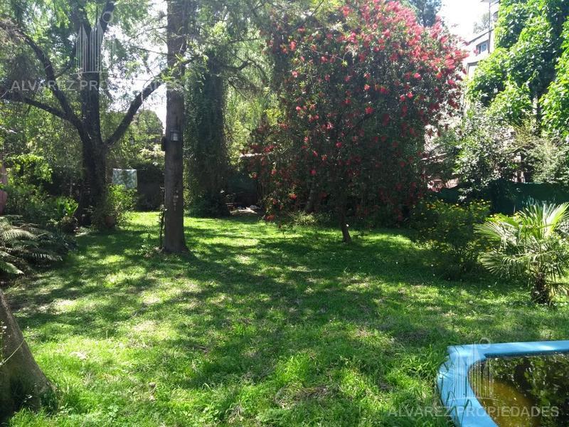 Foto Terreno en Venta en  Barrio Parque Leloir,  Ituzaingo  Udaondo al 4100