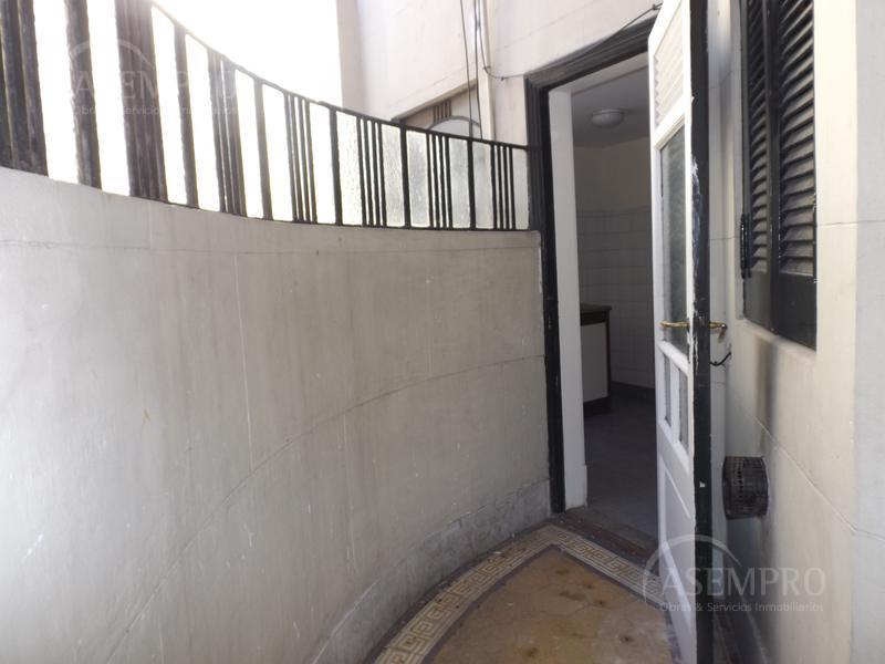 Foto Oficina en Alquiler en  Once ,  Capital Federal  CORRIENTES, AVDA. entre PASO y LARREA