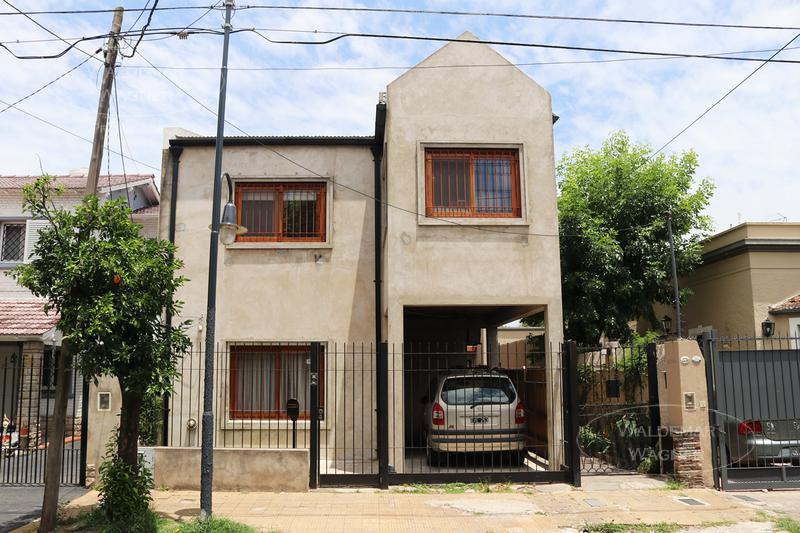 Foto Casa en Venta en  Vict.-B.Centro,  Victoria  Constitución 2741