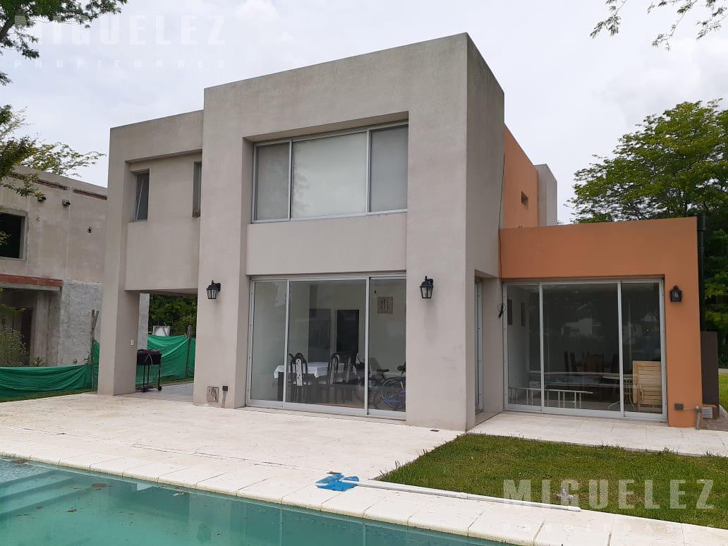 Foto Casa en Venta en  La Martona,  Countries/B.Cerrado (Cañuelas)  casa en venta country la Martona