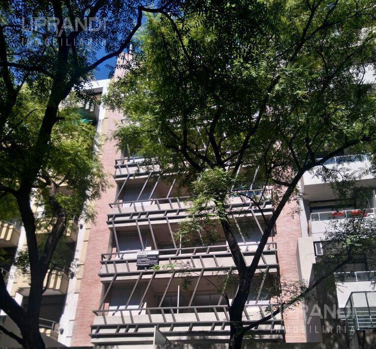 Foto Departamento en Alquiler en  Nueva Cordoba,  Capital  ITUZAINGO 700 - MUY LUMINOSO- LEY NUEVA