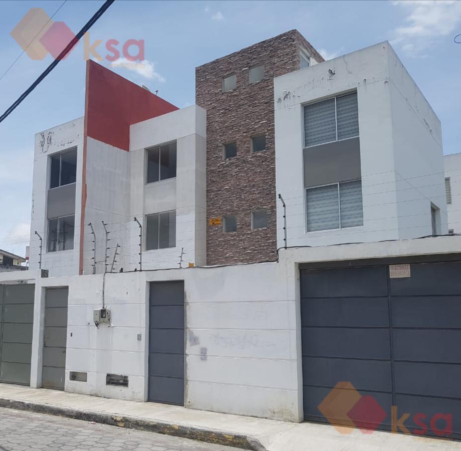 Foto Casa en Venta en  Calderón,  Quito  Casa Independiente en Calderón