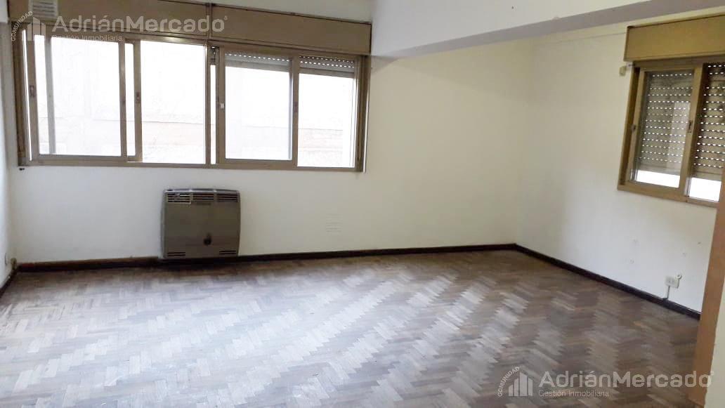 Foto Departamento en Venta en  Mendoza,  Capital  Lavalle 35