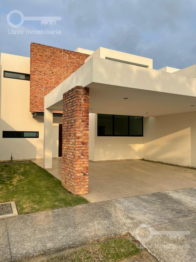 Foto Casa en Renta en  Residencial Residencial las Puertas,  Villahermosa  Casa en Renta Puerta Madero  Villahermosa
