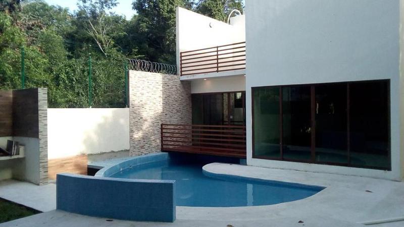 Foto Casa en Venta en  Playa del Carmen ,  Quintana Roo  CASA EN  VENTA  EN ALMENDROS PLAYA DEL CARMEN P2613