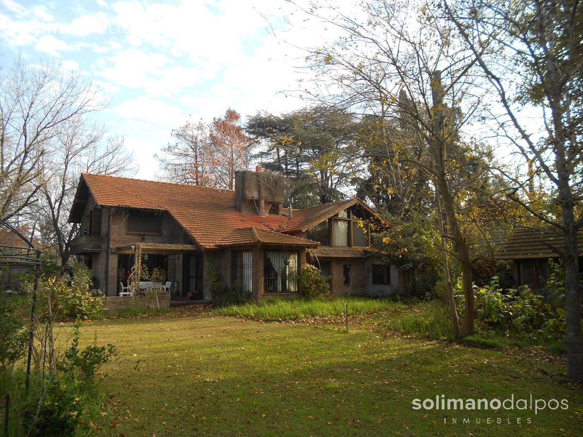 Foto Casa en Alquiler en  Ingeniero Maschwitz,  Escobar  CASTERAN, V. al 1700