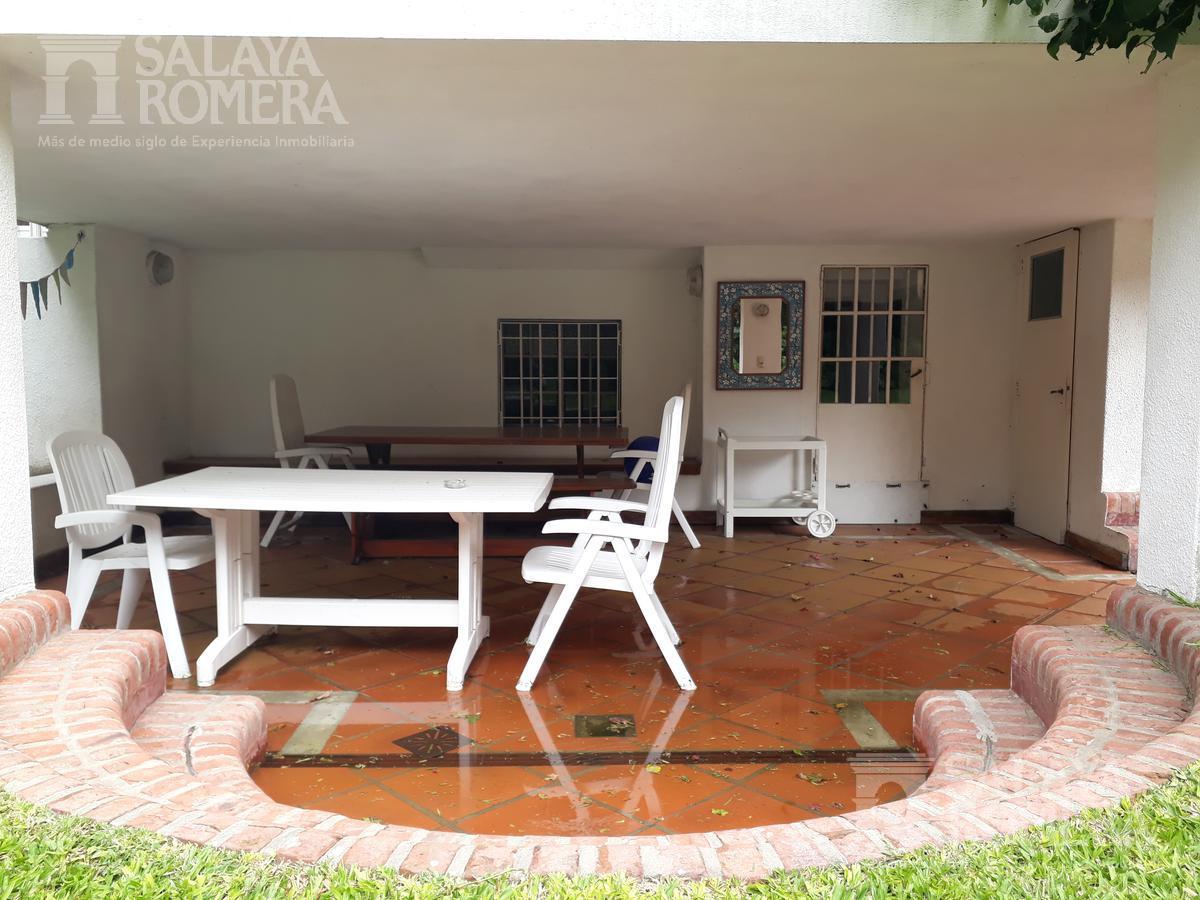 Foto Casa en Venta en  La Lucila-Libert./Rio,  La Lucila  Comandante Franco N ° al 300