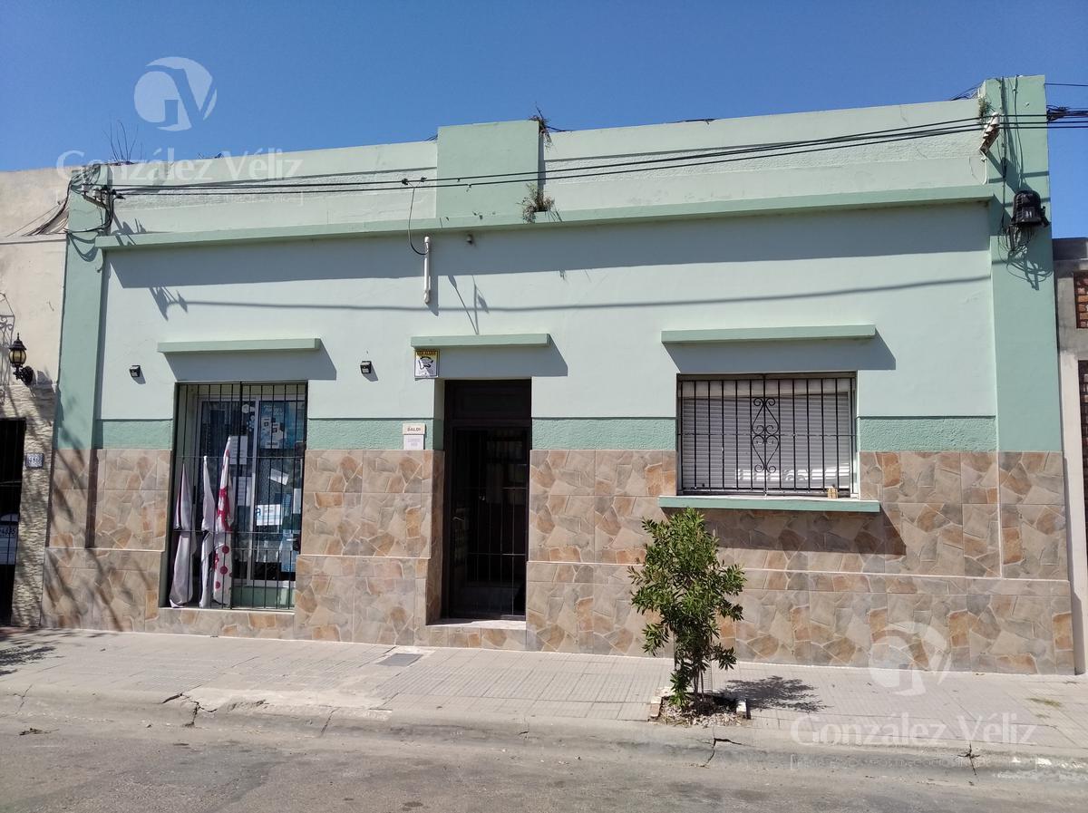 Foto Casa en Venta en  Carmelo ,  Colonia  Carmen entre Roosevelt y Gral. Flores