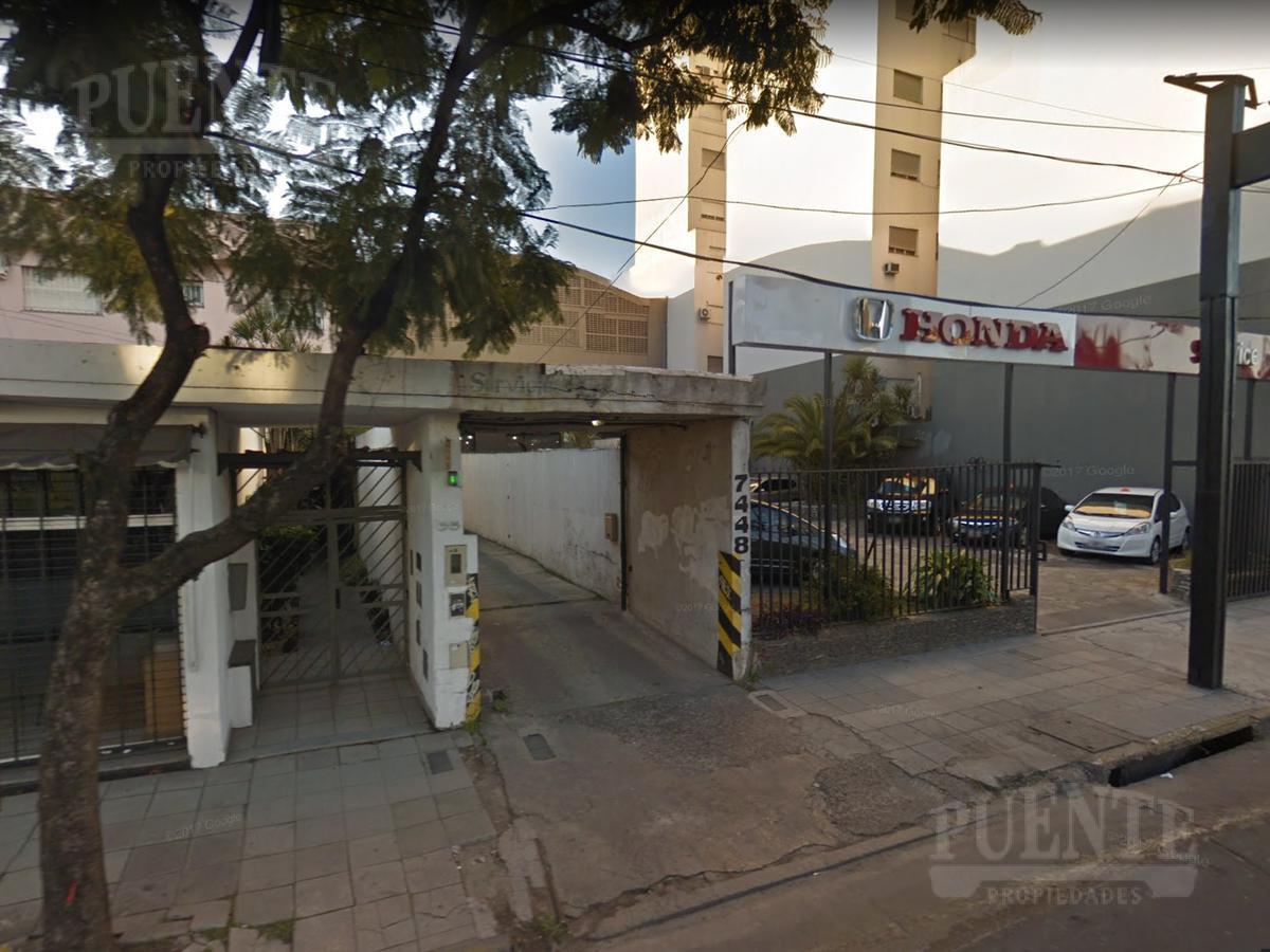 Foto Cochera en Venta en  Banfield Oeste,  Banfield  Yrigoyen Hipólito 7448 1º10
