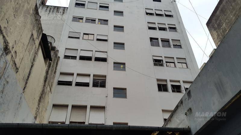 Foto Edificio Comercial en Alquiler en  Centro (Capital Federal) ,  Capital Federal  Av. Corrientes al 1600