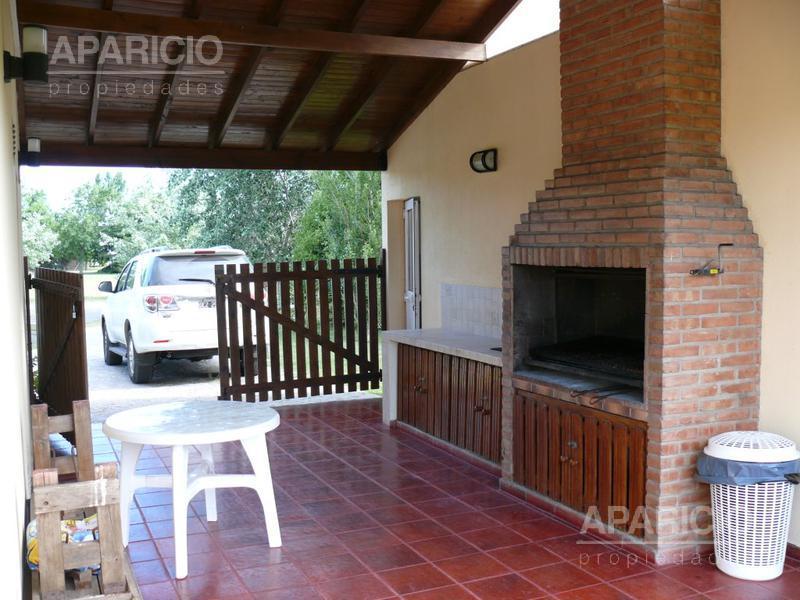 Foto Casa en Venta en  La Plata ,  G.B.A. Zona Sur  Haras del sur