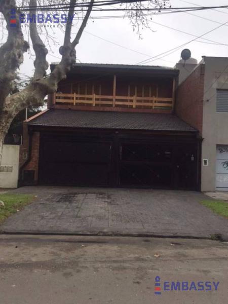 Foto Casa en Venta en  Tigre,  Tigre  Remedios Escalada de San Martín al 300