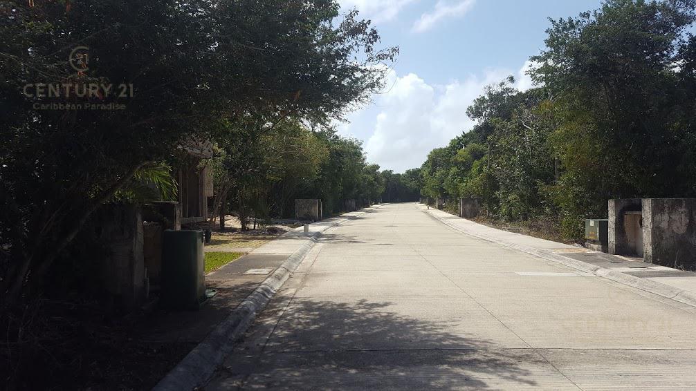 Foto Terreno en Venta en  Playa del Carmen ,  Quintana Roo  En venta terreno residencial Bahia Principe Riviera Maya P3059