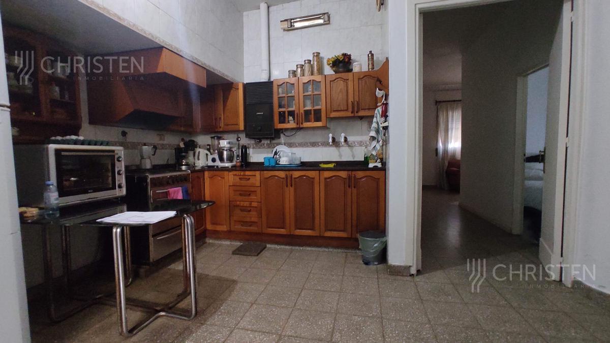 Foto Casa en Venta en  La Capital ,  Santa Fe  Boulevard Pellegrini al 3200