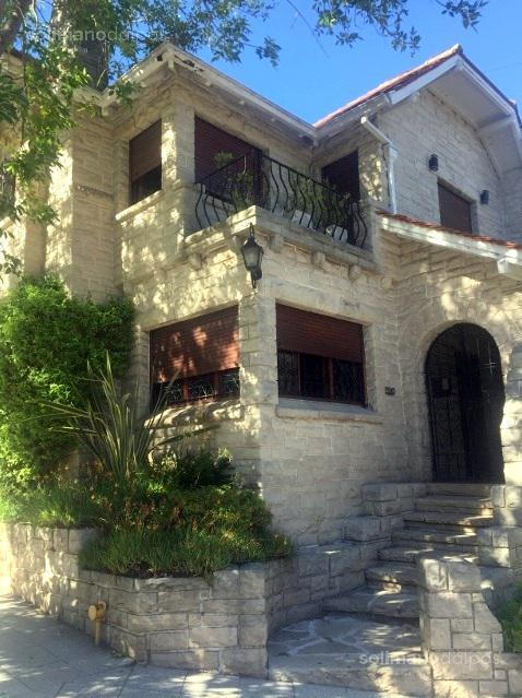 Foto Casa en Venta en  Stella Maris,  Mar Del Plata  Gascon al 1100
