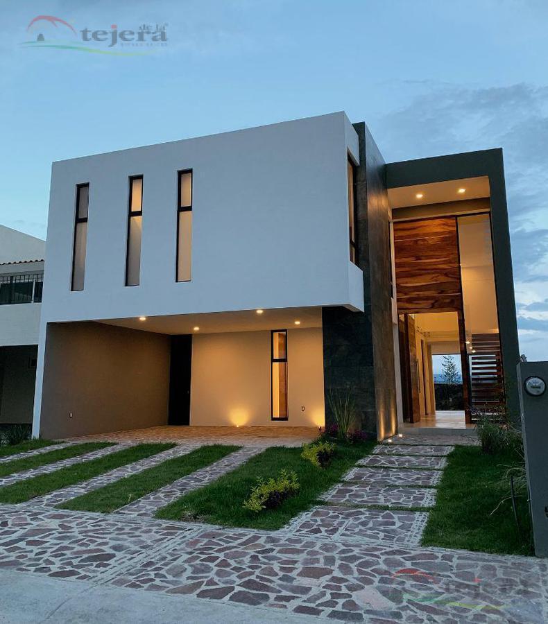 Foto Casa en Venta en  León ,  Guanajuato  ravena al 200