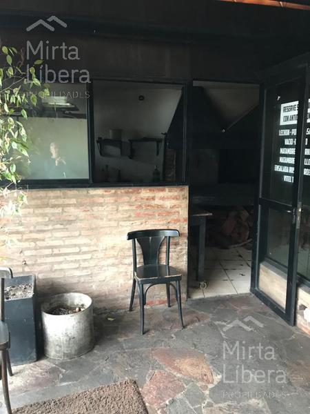 Foto Local en Venta en  City Bell,  La Plata  Dg. Jorge Bell e/ Cantilo y al 400