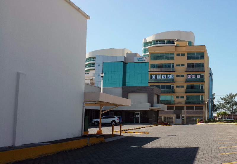 Foto Local en Renta en  Fraccionamiento Las Americas,  Boca del Río  Locales en RENTA en Plaza Costa Express, Boca del Río, Veracruz