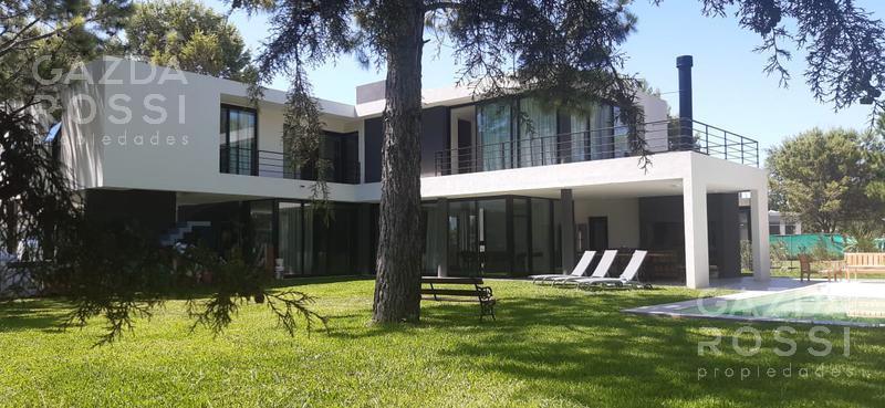 Foto Casa en Venta en  Terralagos,  Countries/B.Cerrado (Ezeiza)  Propiedad de diseño en Terralagos