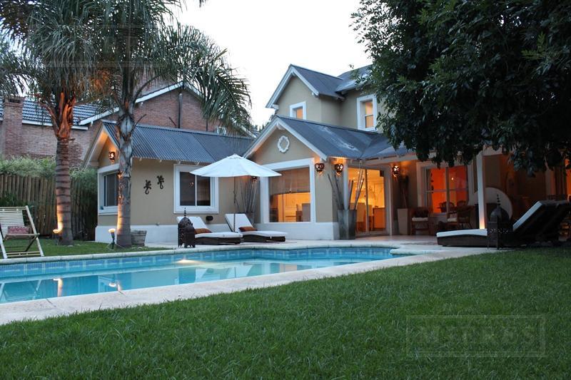 Casa de 300 mts. en El Establo