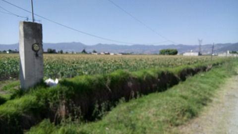 Foto Terreno en Venta en  La Constitución Totoltepec,  Toluca  TERRENO EN VENTA UBICADO A UN COSTADO DEL AEROPUERTO DE TOLUCA
