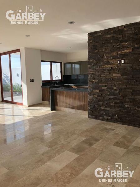 Foto Casa en Venta en  Fraccionamiento Cumbres del Lago,  Querétaro  CASA EN VENTA EN CUMBRES DEL LAGO