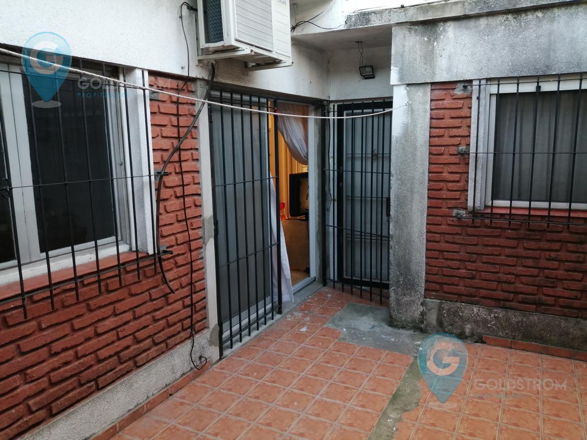 Foto PH en Venta en  Quilmes Oeste,  Quilmes  Benito Perez Galdos al 2100