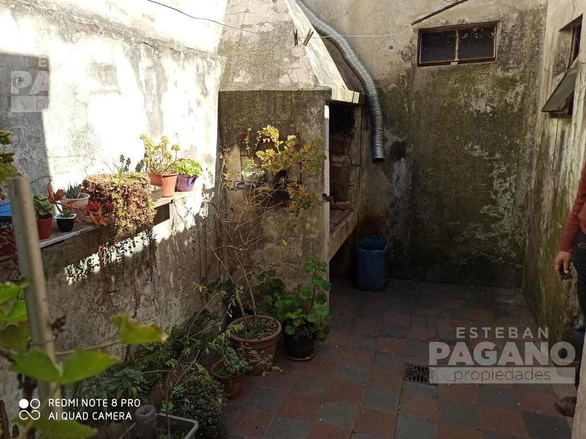 Foto Casa en Venta en  La Plata,  La Plata  39 entre 19 y 20