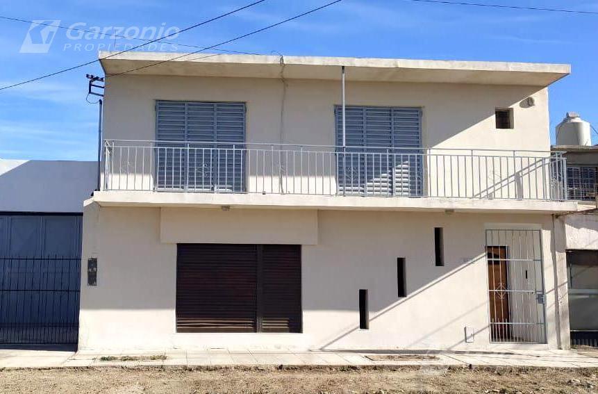 Foto Casa en Alquiler en  Trelew ,  Chubut  Entre Rios y Ceferino Namuncura