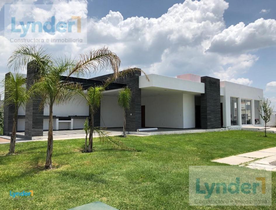 Foto Casa en Venta en  Corregidora ,  Querétaro  CASA EN VENTA DE 1 PISO EN VILLAS  DEL ROBLE CORREGIDORA QUERÉTARO