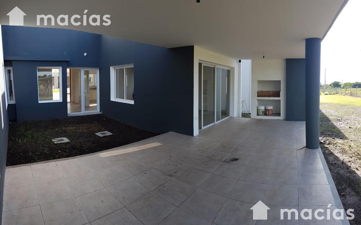 Foto Casa en Venta |  en  Yerba Buena ,  Tucumán  VILANOVA
