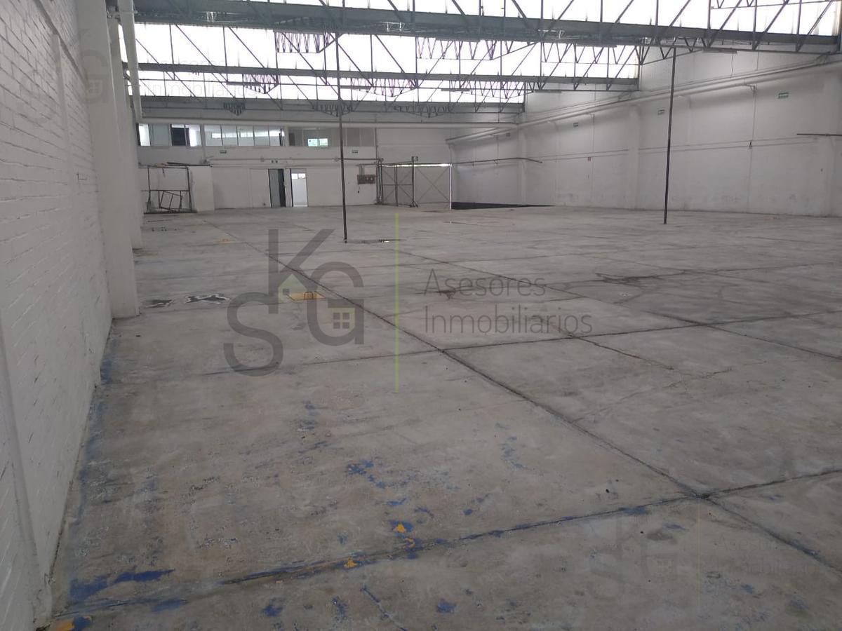 Foto Bodega Industrial en Renta en  La Mora,  Tlalnepantla de Baz  SKG Renta Bodega en Av. Presidente Juárez, La Mora, Tlalnepantla con superficie de 1,257m2