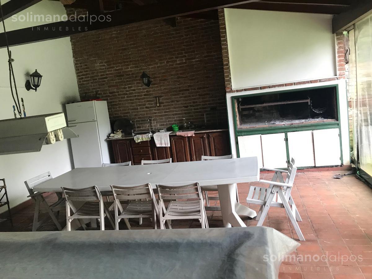 Foto Casa en Venta en  Mart.-Vias/Libert.,  Martinez  Emilio Mitre al 200