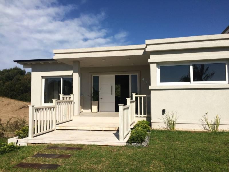 Foto Casa en Venta en  Costa Esmeralda,  Punta Medanos  Residencial I al 400
