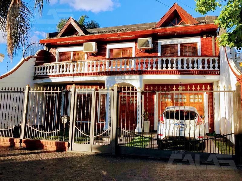 Foto Casa en Venta en  Villa Luzuriaga,  La Matanza  Lezica al 1100