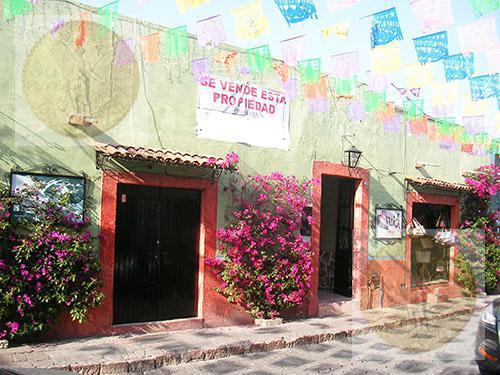 Foto Casa en Venta en  Tequisquiapan Centro,  Tequisquiapan  A unos pasos de la plaza principal