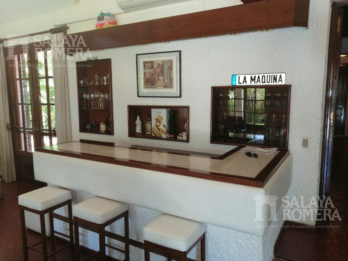 Foto Casa en Venta en  Maldonado ,  Maldonado  Casa Punta del Este- 3 dormitorios- 3 baños- Piscina- Parrillero
