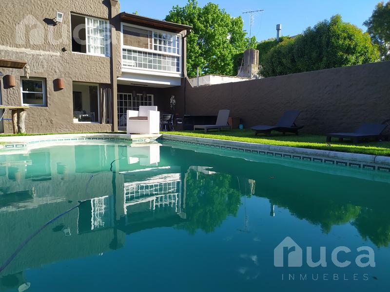 Foto Casa en Alquiler temporario en  Beccar,  San Isidro  ALQUILER DE VERANO | HERMOSA CASA CON JARDIN Y PILETA | Riobamba al 3500