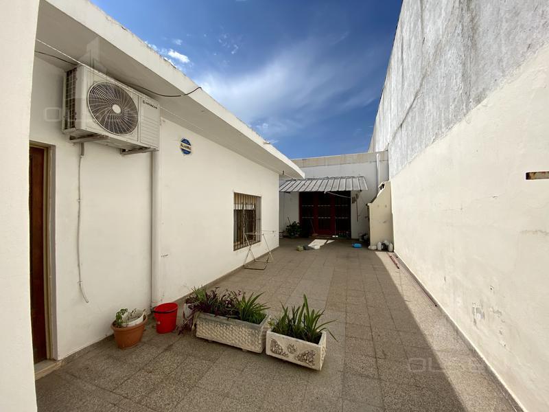 Foto Casa en Venta en  General Bustos,  Cordoba  ambrosio cramer al 700