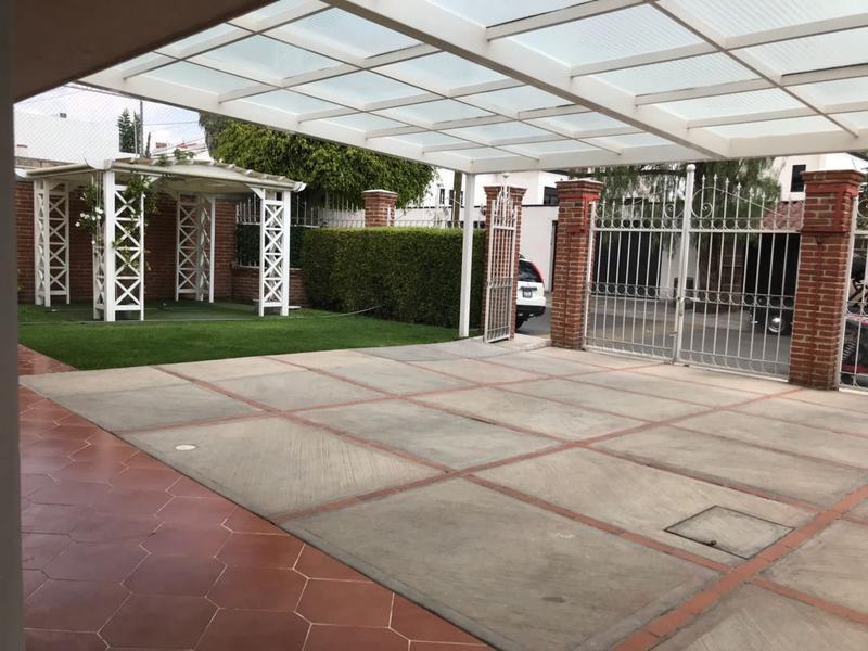 Foto Casa en Venta en  Fraccionamiento Villas del Mesón,  Querétaro  Casa en venta en villas del Meson