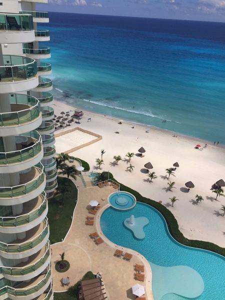 Foto Departamento en Venta en  Zona Hotelera,  Cancún  Departamento en venta en Cancun zona hotelera / Bay view grand