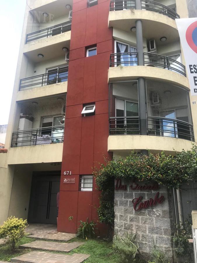 Foto Departamento en Venta en  Lomas de Zamora Oeste,  Lomas De Zamora  Saenz al 600