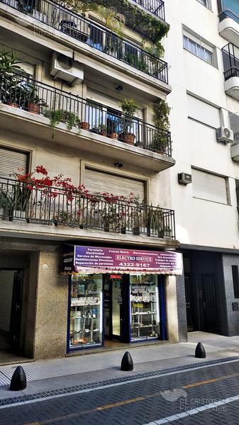 Foto Local en Venta en  Retiro,  Centro  Suipacha 1300